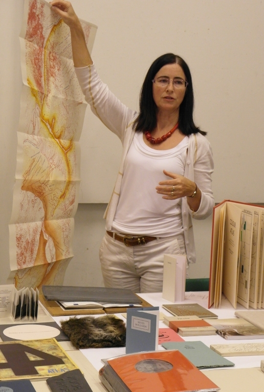 <p>Deirdre Kelly presents her artists book collection.</p>